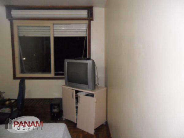 Excelente apartamento a venda em Porto Alegre, no bairro Passo Da Areira, com dois dormit�rios, living dois ambientes, copa cozinha mobiliada, �gua quente,. (Clique para ver)