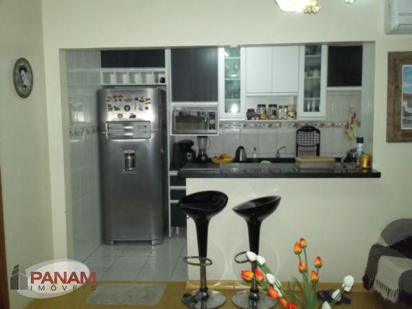 Excelente apartamento a venda em Porto Alegre no bairro Cristo Redentor, com dois dormit�rios, sala de estar, banheiro social, cozinha americana e �rea de . (Clique para ver)