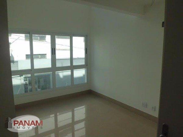 Um conceito novo!!  Loft-Duplex...  Uma opção moderna e sofisticada, próximo ao Parcão!  Com 1 dormitório e opção para o segundo dormitório no mezanino. Living com 2 ambientes, lavabo,churrasqueira, garagem e elevador.